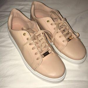 TOPSHOP Cluster Sneaker in NUDE